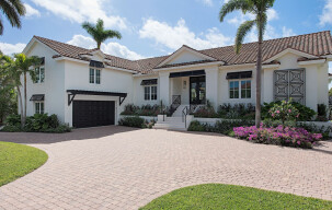 Create A Custom Home With An Award-Winning Naples Luxury Home Builder